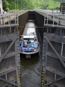 The doors about to close for a barge in one of the many locks on the Saar river